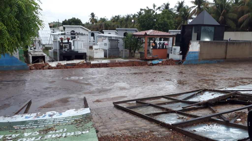 Em Jericó após grande chuva algumas pessoas tiveram prejuízos
