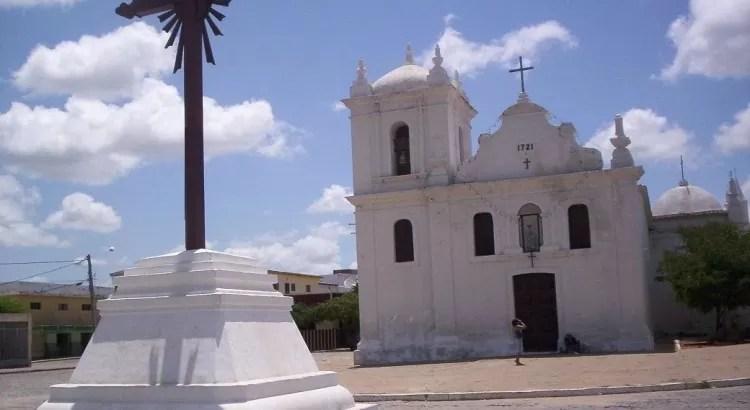 """""""Igreja do Rosário de Pombal: Três séculos de História e devoção"""", por Francisco Vieira"""