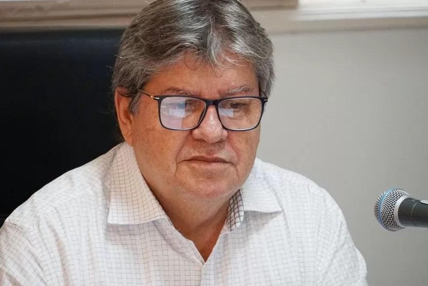 João Azevêdo lamenta morte de Antônio Inácio, proprietário da cachaça Serra Limpa