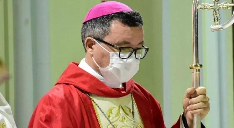 """Bispo decide que igrejas da Diocese de Cajazeiras permanecem fechadas. """"Unamo-nos para que possamos reabrir na Semana Santa"""""""