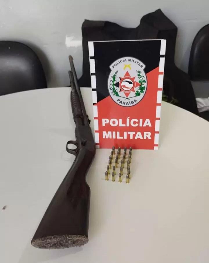 POLÍCIA MILITAR APREENDE ARMA DE FOGO DURANTE OPERAÇÃO PREVINA-SE EM SOUSA