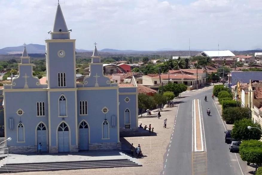 Prefeitura de Uiraúna decreta toque de recolher e proíbe circulação de pessoas durante todo o fim de semana