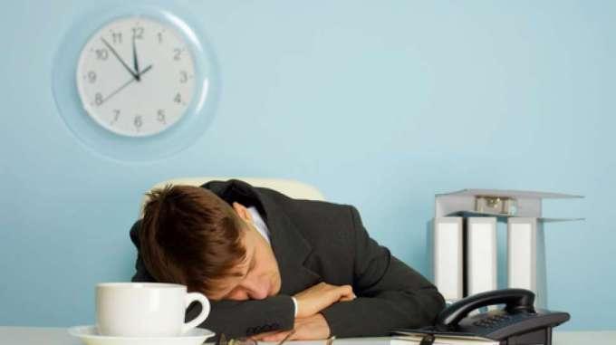 Tidur siang mengurangi keinginan untuk makan