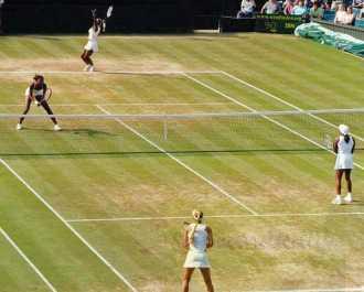 2002 Wimbledon Doubles Serena & Venus vs. C. Rubin & A. Kournikova