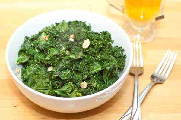 Easy, healthy, 10 minute Garlic Kale makes the perfect side dish to any meal!