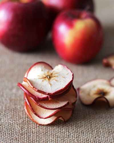 Baked-Apple-Chips