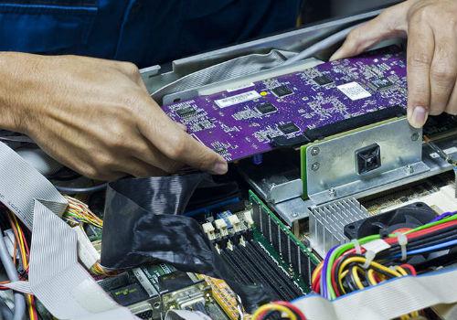 Service Komputer Panggilan di Manggarai