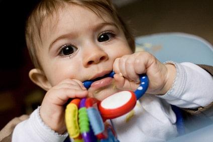 poussée dentaire fievre bébé