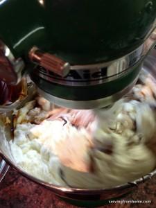 mocha meringue buttercream frosting