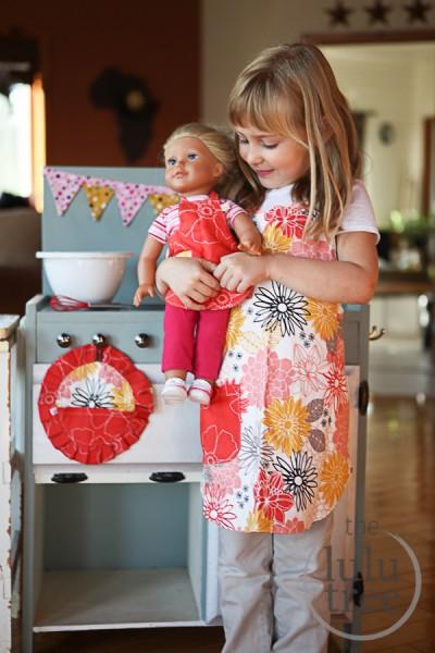 Lulu Little Baker Apron set