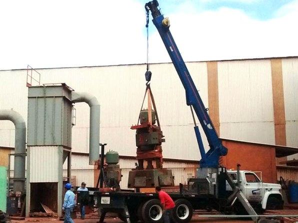Descarga de equipos delicados para fábricas industriales