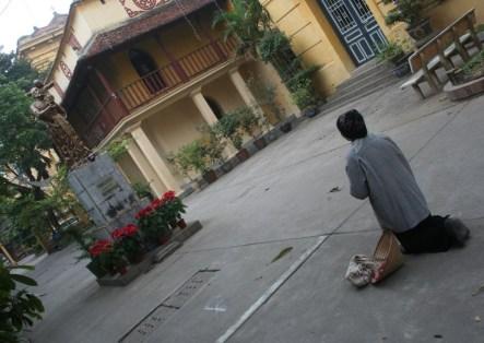 Perempuan renta Hanoi ok