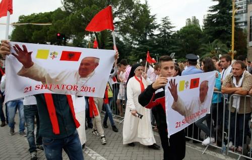 VATICAN-RELIGION-POPE-ALBANIA-POLITICS