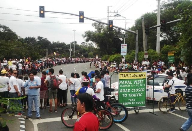 Paus Fransiskus di Filipina jalanan ditutup