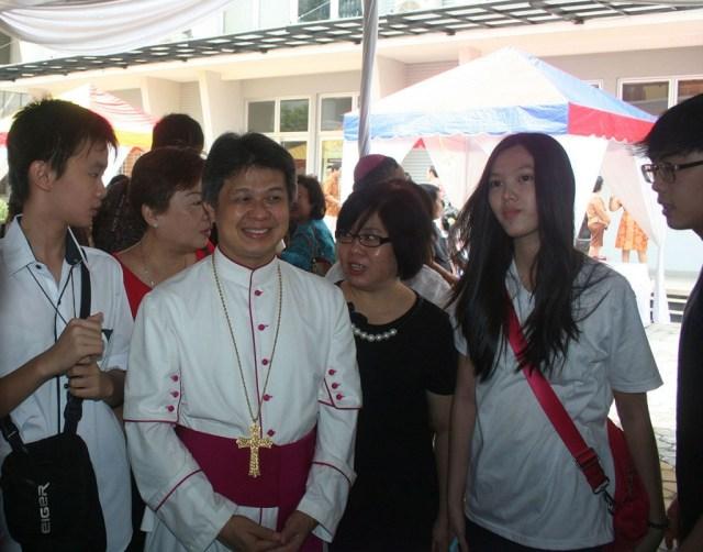 Uskup Bandung 2ok