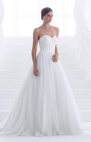Abito da sposa modello Merida senza spalline scollo anteriore arrotondato