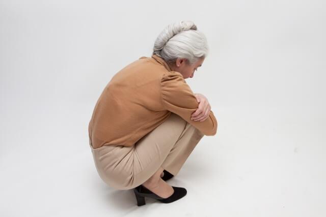 変形性膝関節症の手術をいつするのか?
