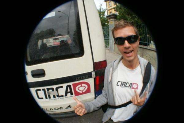 blog voyage australie whv backpacker roadtrip circa skateboard sticker brand logo