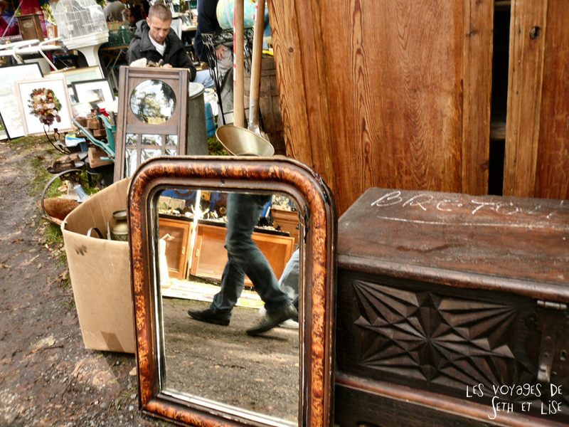 braderie lille france voyage travel organisation brocante tourisme tourism miroir mirror reflection reflec pied feet