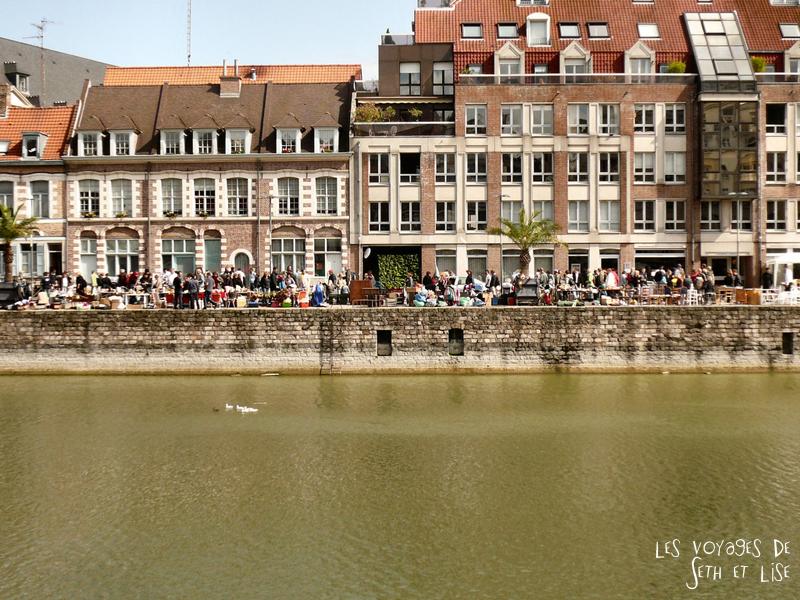 braderie lille france voyage travel organisation brocante tourisme tourism quai quay vieux foule old