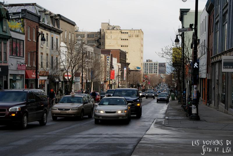 blog voyage canada montreal pvt boulevard st laurent voitures rues