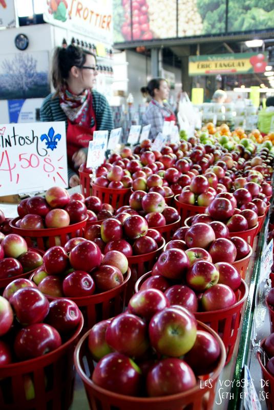 blog pvt canada montreal pvtistes couple tour du monde voyage pommes marché jean talon petite italie stand