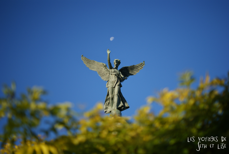 blog canada montreal pvt seth lise photo sunrise urbain soleil crépusucle ange angle mont royal statue moon lune
