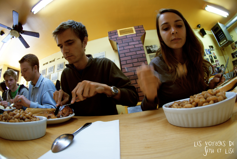 blog pvt canada photographie couple voyage binerie mont royal feve lard restaurant quebecois montreal quebec seth lise manger deco