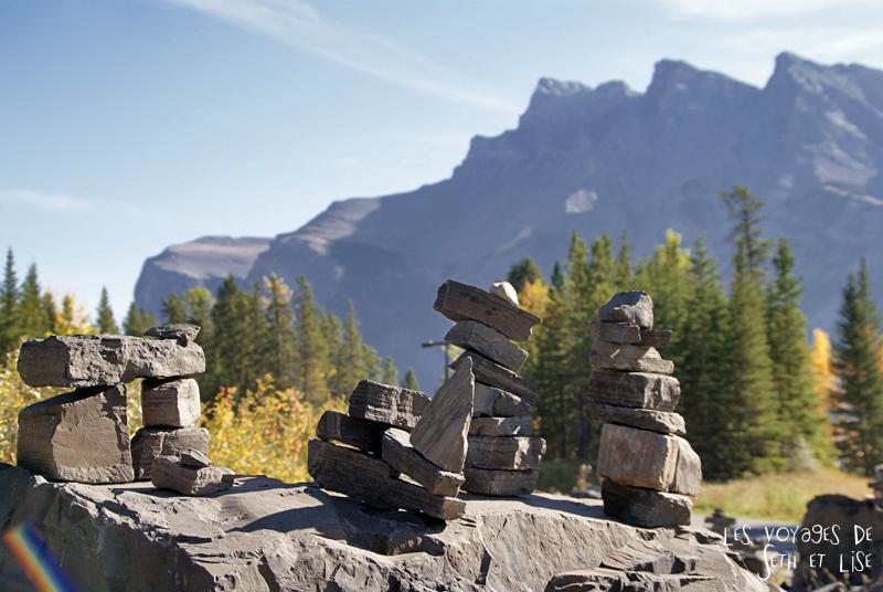blog photogaphie pvt pvtiste canada alberta rocheuses montagne couple voyage tour du monde paysage nature pierre minnewanka