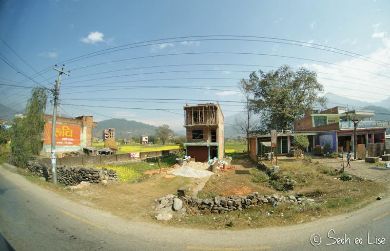 De Katmandou à Pokhara en bus