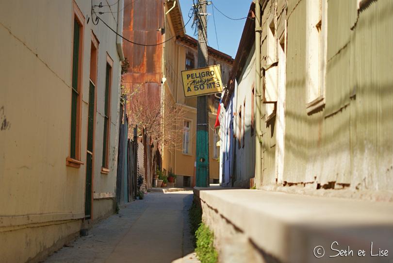 empty street valpo