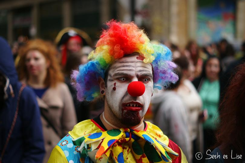 clown zombie marche des zombies montreal