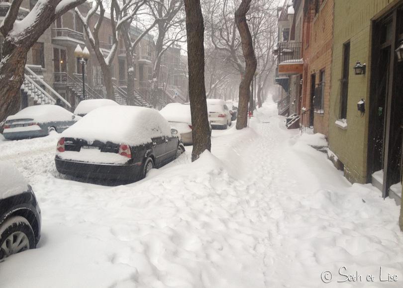 winter_montreal_sidewalk