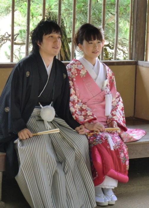 Bride and Groom in Korakuen - 3
