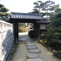 Gate in Tamamo Park