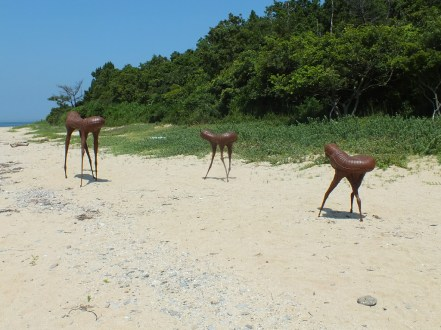 9-shodoshima-this-sculpture-has-a-life-of-ten-thousand-years-and-in-the-span-of-a-mans-life-moves-about-ten-meters