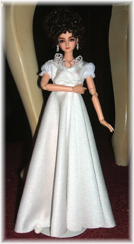 Miss Elizabeth Bennet 105 VOLKS Doll