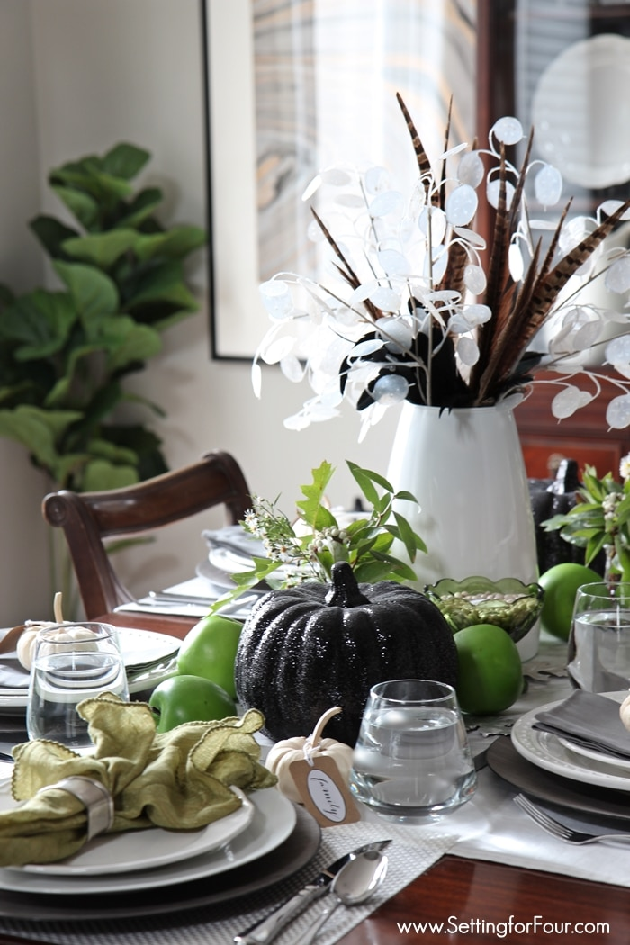 fall wildflower tabletop decorating
