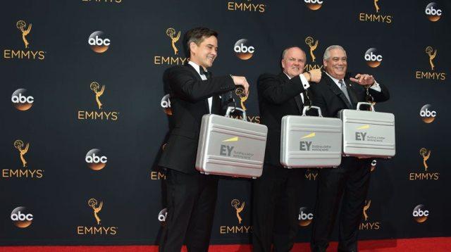 La alfombra roja en los Emmy 2016