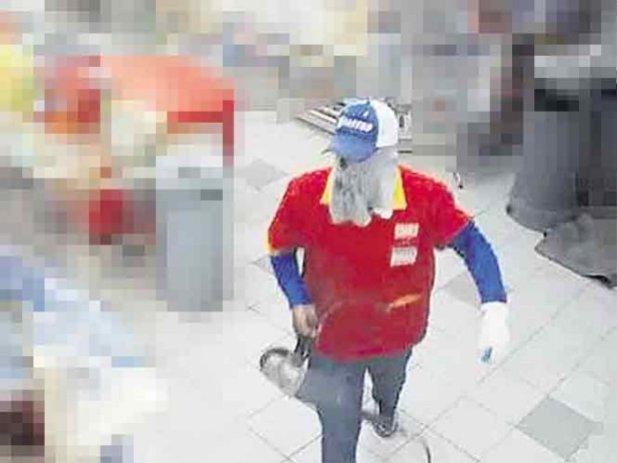 VIDEO: Así 'intentaron' robar una caja fuerte de un Oxxo