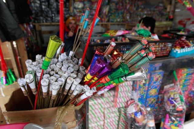 Exhorta ISEM a prevenir accidentes por el uso de juegos pirotecnicos durante fiestas patrias