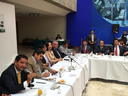 Eduardo Neri Alcalde de Capulhuac exigió lleguen los recursos a los Municipios