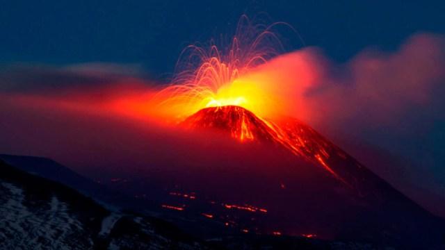 310 los desalojados por el volcán de Colima
