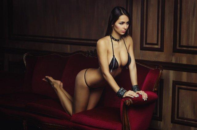 Helga_Lovekaty_-_Bellazon_1.jpg