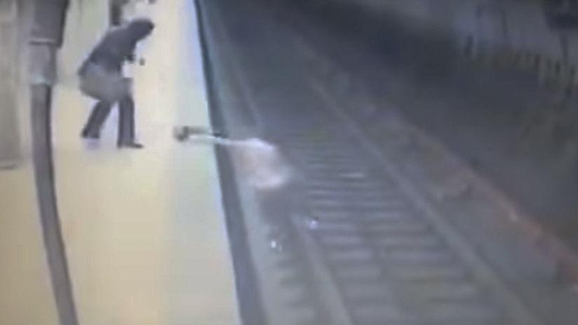 Muere joven al ser arrojada a las vías del tren en Bucarest
