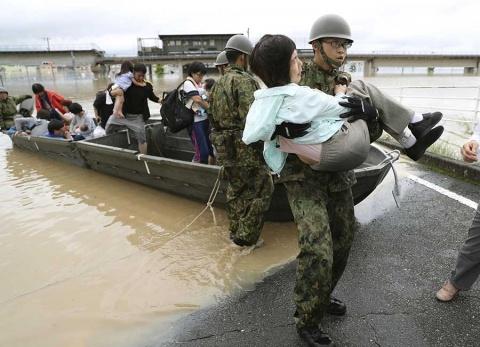 japon-muertos-lluvias772018nota.jpg