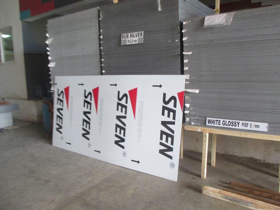 Live Liputan di Gudang Distributor Seven Aluminium Composite Panel