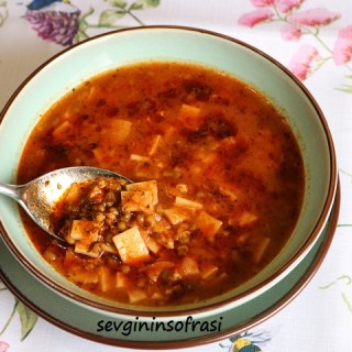 Erişteli Maş Çorbası