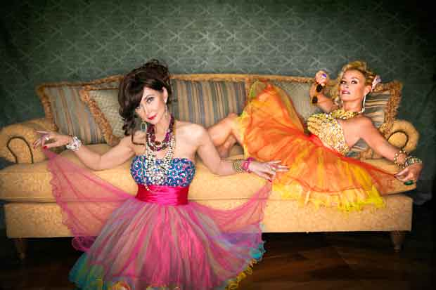 The Grits & Glamour Tour Starring Pam Tillis and Lorrie Morgan to perform at Country Tonite Theatre in Pigeon ForgeThe Grits & Glamour Tour Starring Pam Tillis and Lorrie Morgan to perform at Country Tonite Theatre in Pigeon Forge