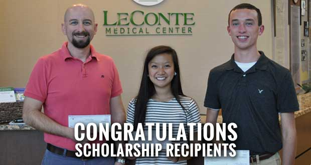 LeConte Medical Center Volunteers Present Scholarships